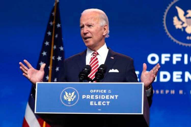 Biden pide ciudadanía para indocumentados en su primer día de posesión
