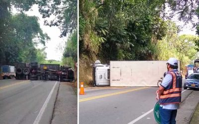 Se volcó camión en la vía Montenegro – Armenia