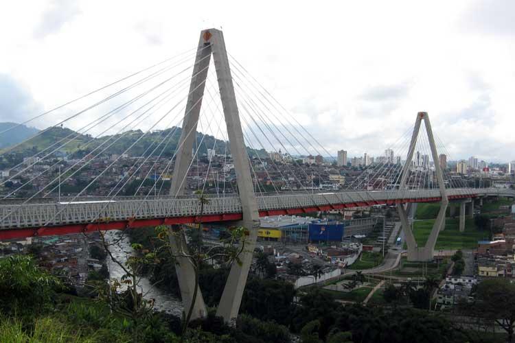 Agobiado por deudas y el decomiso de sus aguacates, vendedor ambulante se suicidó en Pereira