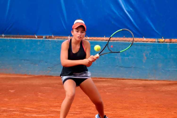 La tenista quindiana Ivana Castillo llegó hasta semifinal del Asunción Bowl