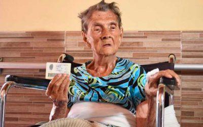 Mujer de 106 años será la primer vacunada de población mayor en el Quindío