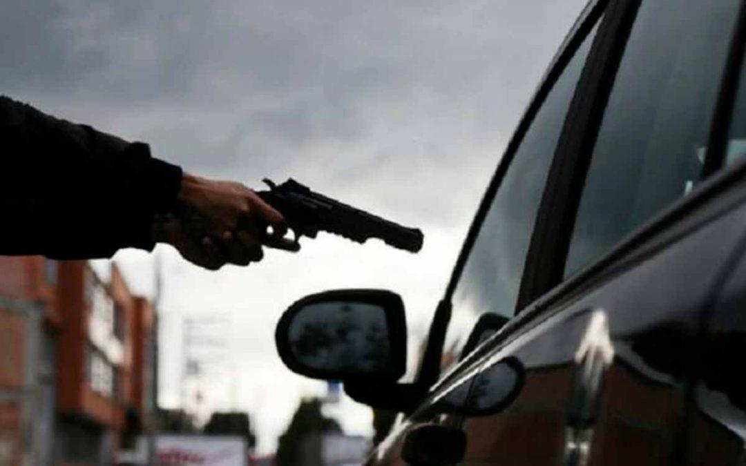 Aprehendieron a niño de 12 años por participar en 4 robos de autos en una hora