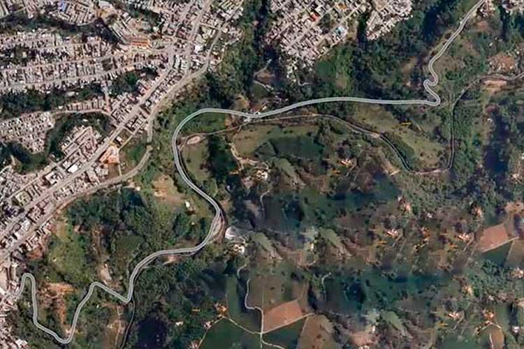 Avenida Los Guayacanes Armenia