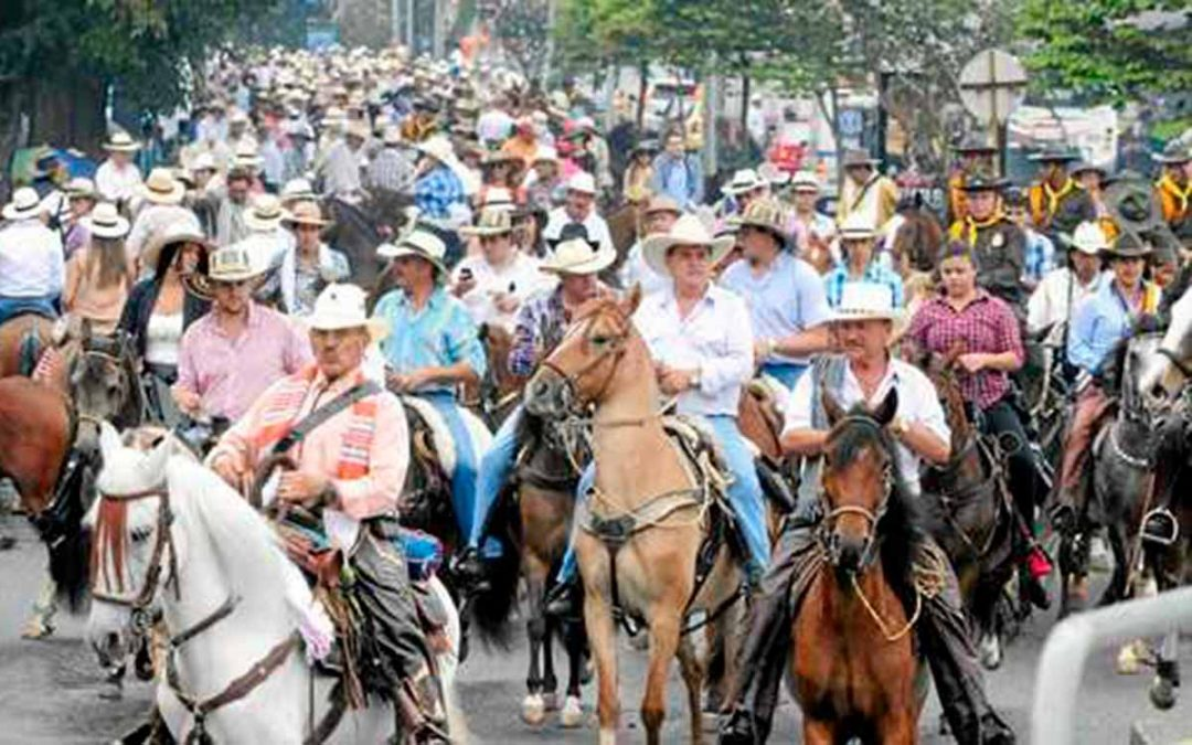 Buscan reglamentar las cabalgatas en Colombia
