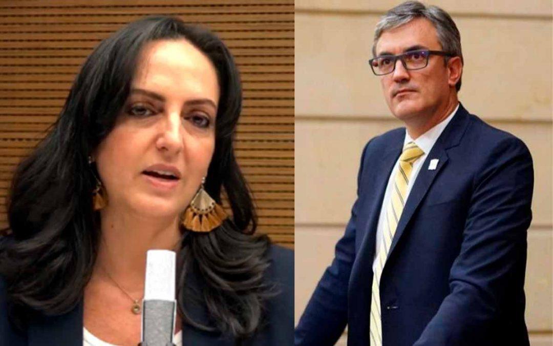 El Centro Democrático insiste en armar a los colombianos
