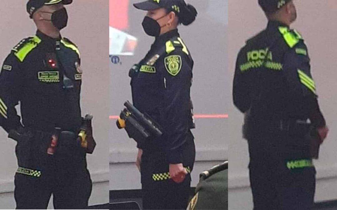cambio uniformes Policía