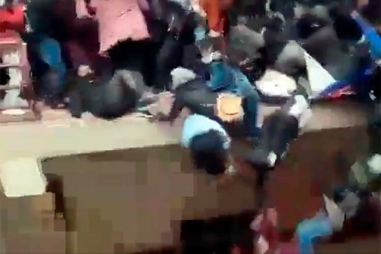 tragedia en Bolivia estudiantes caen