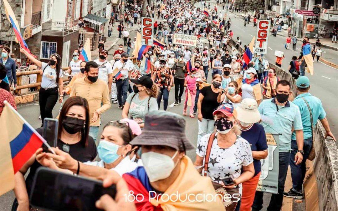 La marcha más Grande un mes de paro Armenia