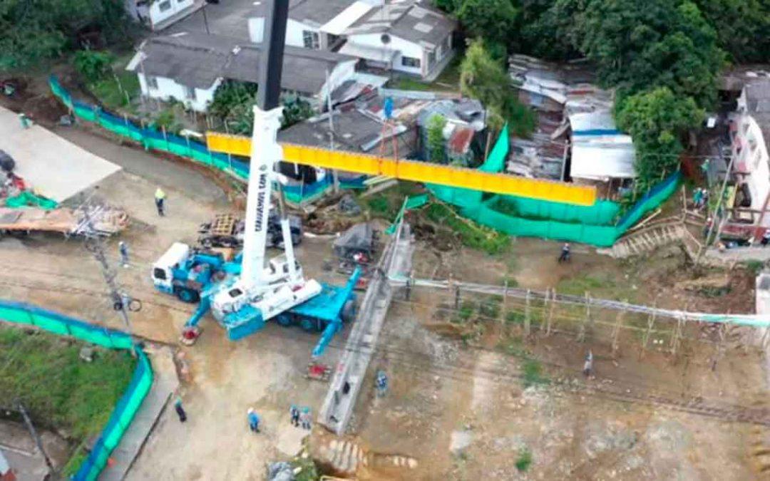 Otro retraso en obra de puente de los Quindos. Esta vez por bloqueos y falta de combustible
