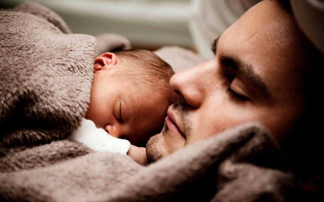 Amplían licencia de paternidad papás Colombia