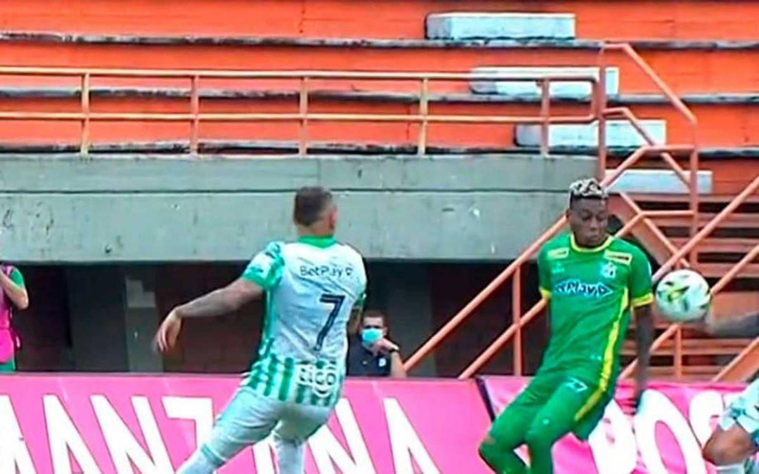 Un penal inexistente marcó la derrota del Quindío frente a Nacional