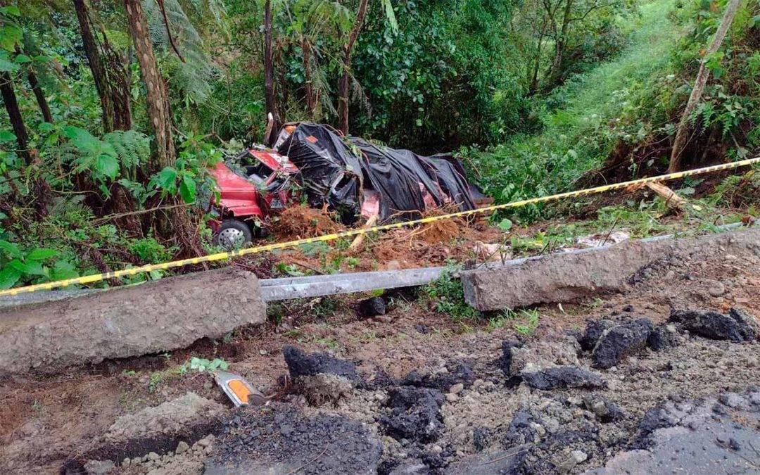 Aparatoso accidente de camión en la vía Chagualá