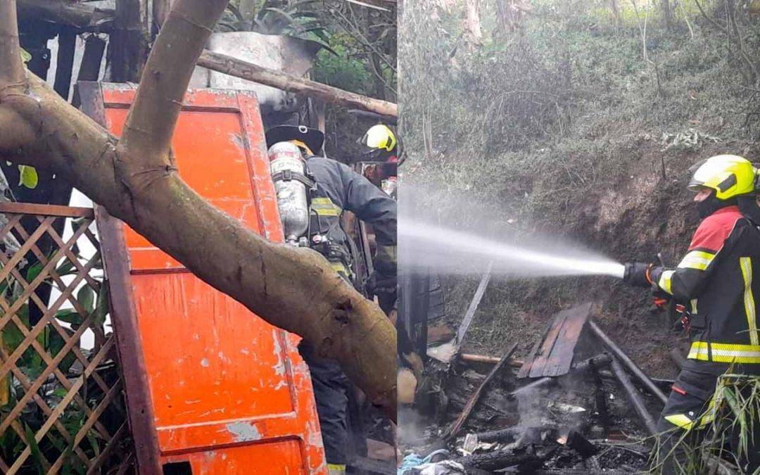 Incendio consumió vivienda en el barrio Uribe de Armenia
